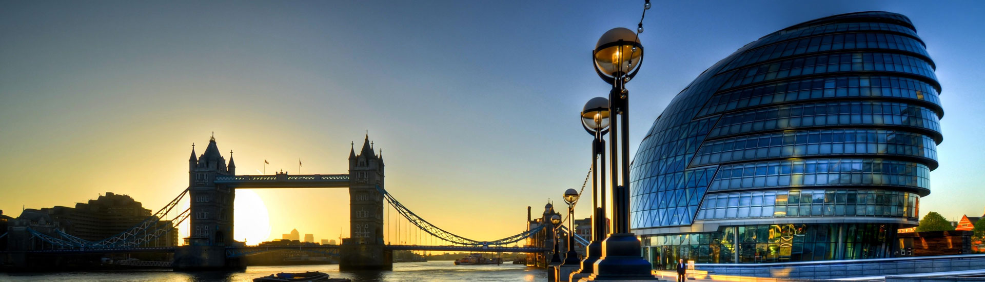 Summer holiday destination slider image London