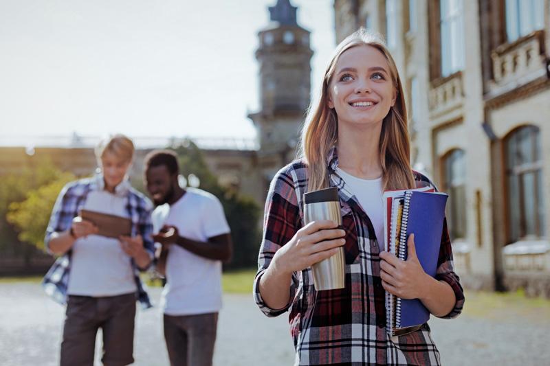 www.studytours.it