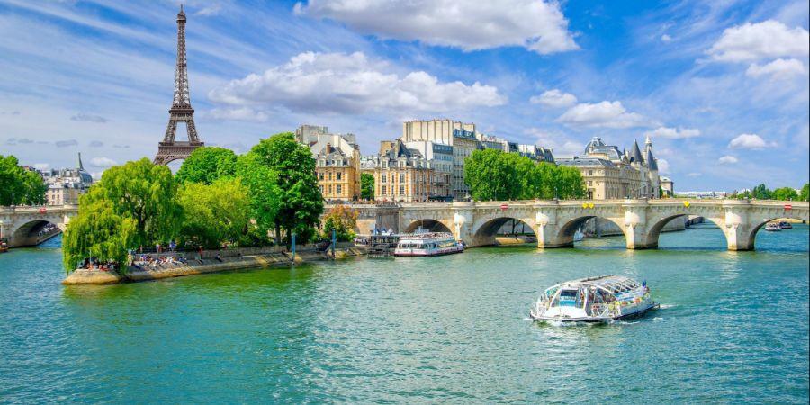 Immagine di paese slider anno all'estero di francia